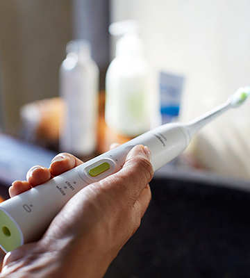 Review of Philips Sonicare HealthyWhite+ (HX8911/02) Electric Toothbrush