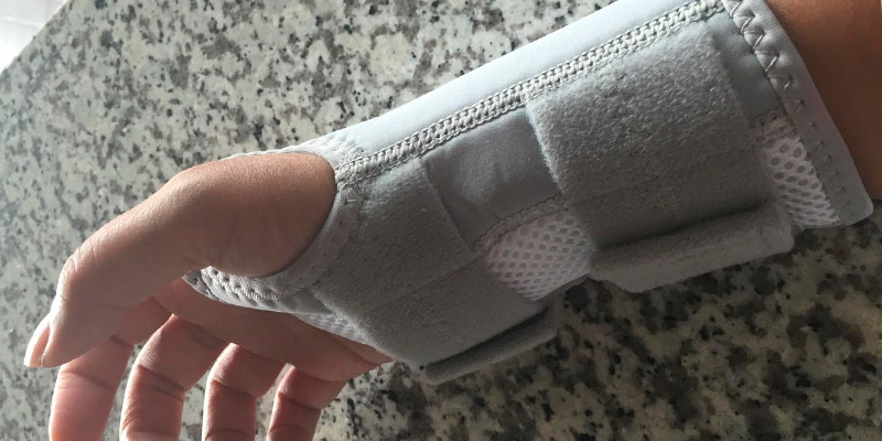 Detailed review of Wellgate for Women PerfectFit Wrist Support