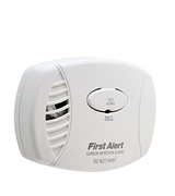First Alert CO605 Carbon Monoxide Plug-In Alarm