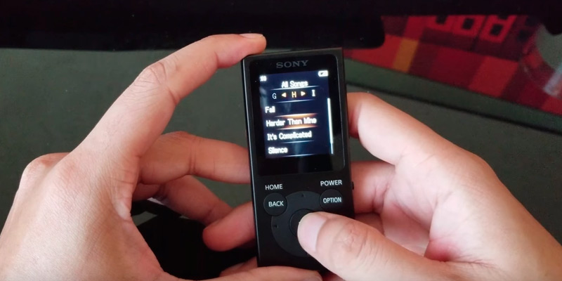 Sony NWE395/B 16GB Walkman MP3 Player in the use