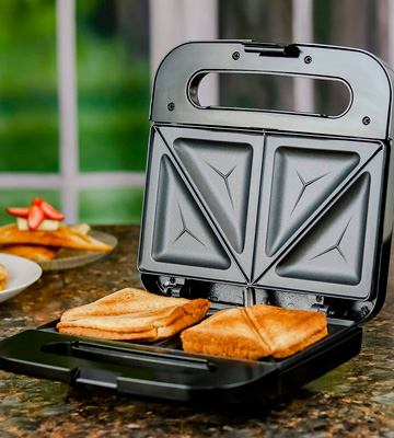 Review of Ovente GPS401B Electric Sandwich Maker