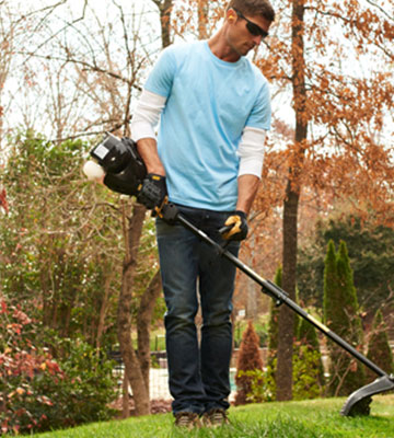 Review of Poulan Pro 967105501 Brush Cutter