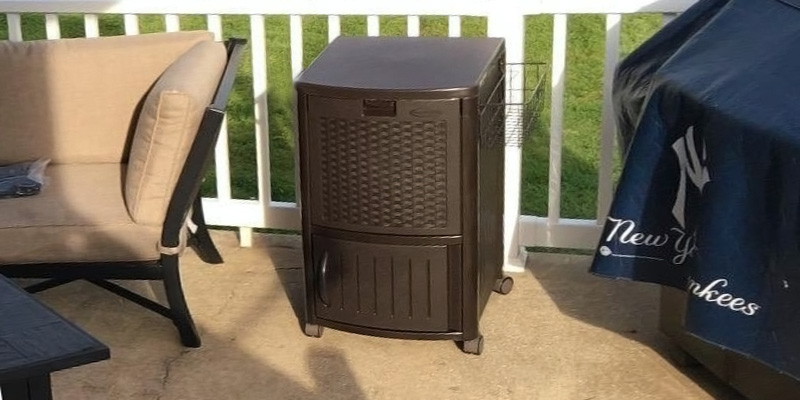 Review of Suncast DCCW3000 Resin Wicker Patio Cooler