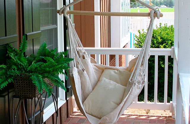Comparison of Hammock Chairs to Feel Weightless