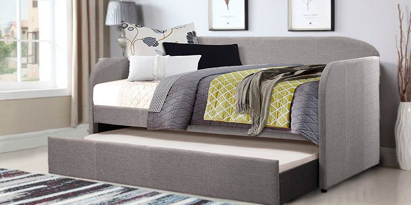 Homelegance Daybed with Roll-out Trundle in the use