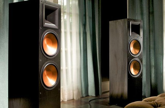 Best Floor Speakers to Spice up Your Home Audio System