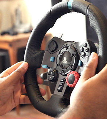Review of Logitech G29 (941-000110) Dual-motor Feedback Driving Force Racing Wheel with Responsive Pedals