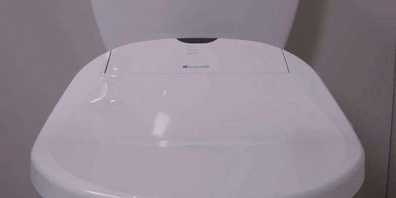 Brondell Swash 300 S300-RW Round Advanced Bidet Toilet Seat in the use