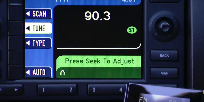 Detailed review of SiriusXM Audiovox XSN1V1 Satellite Radio Receiver with instant plugin