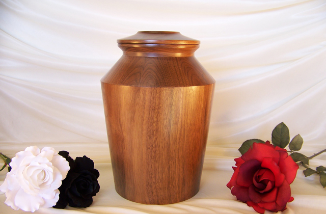 Best Cremation Urns to Honor the Memory of Your Loved Ones