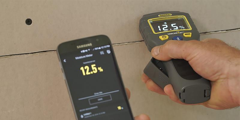 Review of General Tools TS06 ToolSmart BlueTooth Connected Digital Moisture Meter