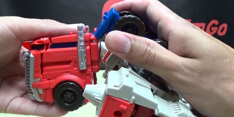 Optimus Prime Generations Leader Powermaster Transformer application