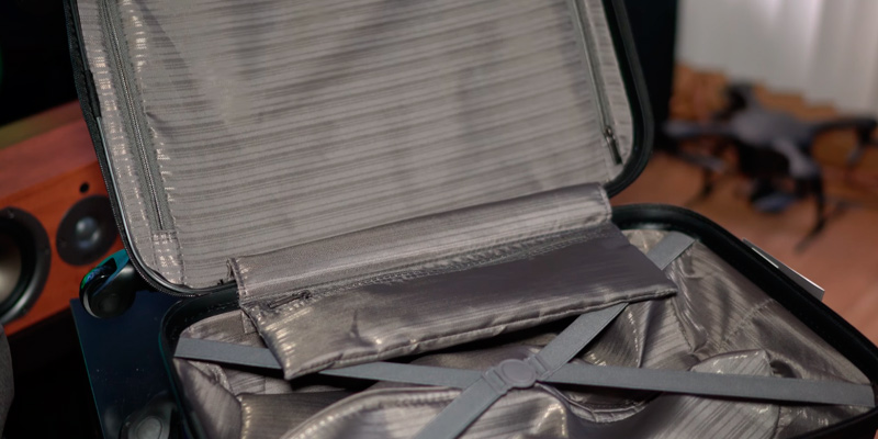 Review of Kenneth Cole Reaction 5705047N Carry On Luggage