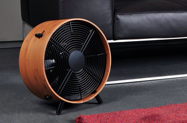 Comparison of Floor Fans for Home and Commercial Use
