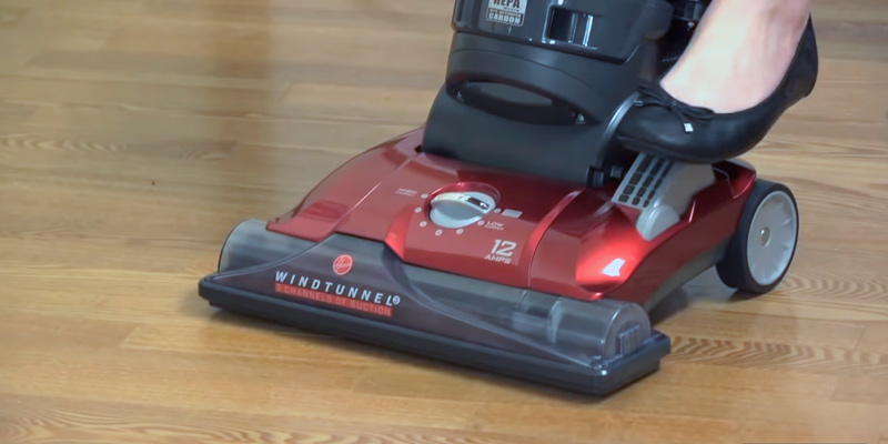Hoover WindTunnel 3 (UH72625) Max Performance Pet Upright Vacuum Cleaner in the use