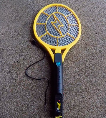 Review of ZAP IT! 2874 Large Bug Zapper Racket