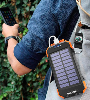 Review of BLAVOR PN-W05 10000mAh Solar Charger with Qi Wireless