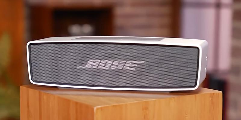 Bose SoundLink Mini Bluetooth Speaker II in the use