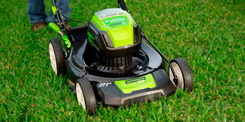 Review of GreenWorks GLM801601 PRO 21-Inch 80V Cordless Lawn Mower