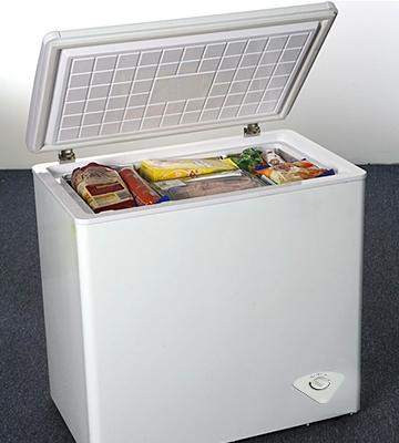 5 Best Chest Freezers Reviews of 2018 - BestAdvisor.com