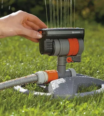 Review of Gardena 6984BZMX ZoomMaxx Sprinkler on Sled Base with Water Timer