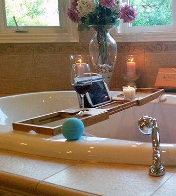 Review of Bathique Bamboo Bathtub Caddy with Rubber Grip