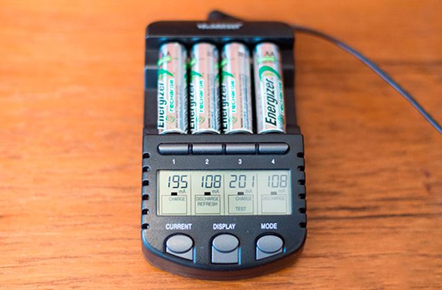 Best Rechargeable Battery Chargers: Fast Speed and Intelligence