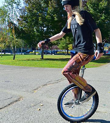 Review of Fantasycart 16 Unicycle with Skidproof Tire