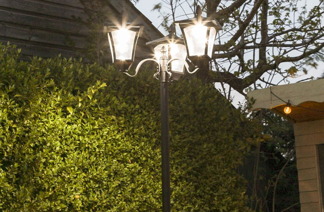 Best Lamp Posts for Your Premises