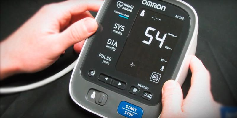 Omron BP786N 10 Series Wireless Upper Arm Blood Pressure Monitor in the use