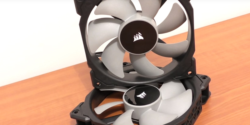 Review of Corsair ML120 20mm Premium Magnetic Levitation Fan (2-Pack)