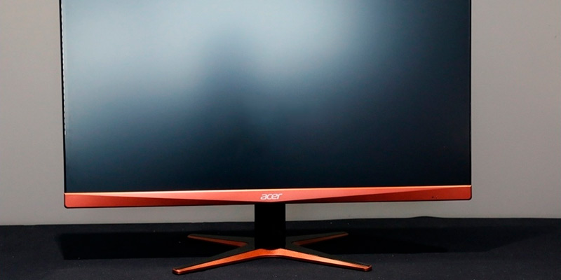 Acer XG270HU 27-inch QHD Monitor FreeSync in the use