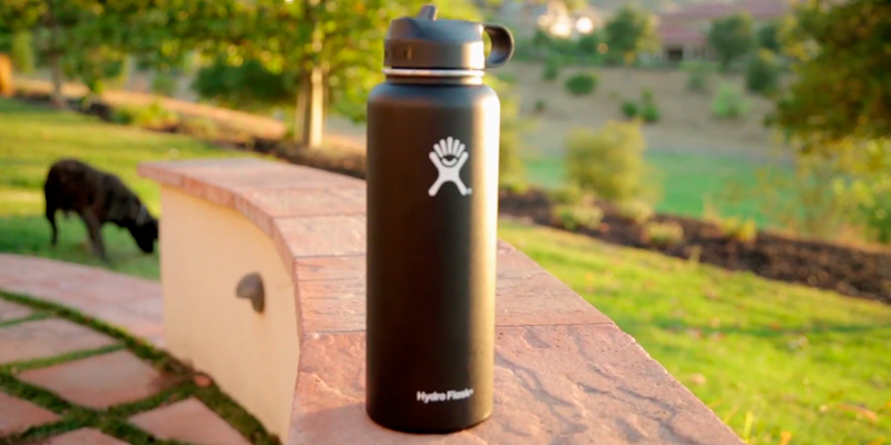 Review of Hydro Flask Vacuum Insulated Water Bottle with Hydro Flex Cap