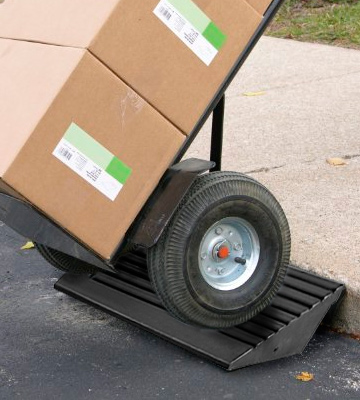Review of Guardian Industrial Products DH-UP-4 Heavy Duty Curb Ramp Straight