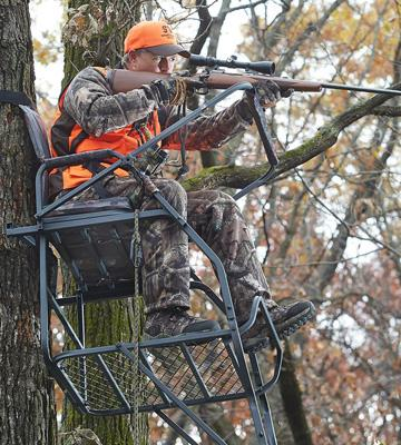 Review of Guide Gear Jumbo Ladder Treestand