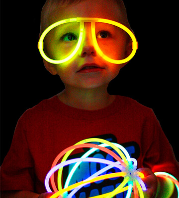Review of Joyin Toy J-GS200-6-16 Glow Sticks Bulk, 8 inch, 200 pcs