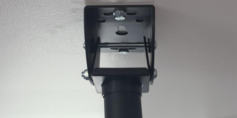 Review of Loctek CM2 Adjustable Ceiling Tilting TV Mount