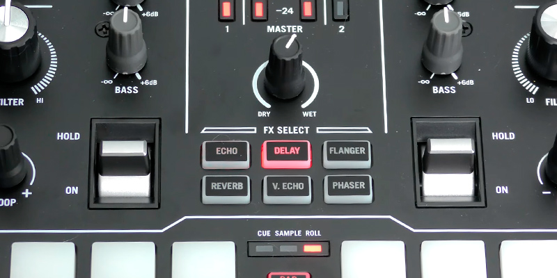 Numark Scratch 2-Channel DJ Scratch Mixer for Serato DJ Pro (included) in the use