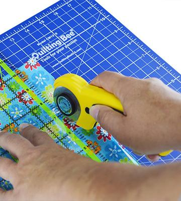 Review of Quilting Bee 2-in-1 Self-Healing Cutting Mat