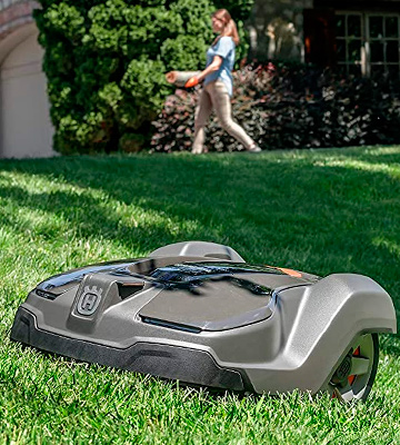 Review of Husqvarna 450XH Automower Robotic Lawn Mower High Cut