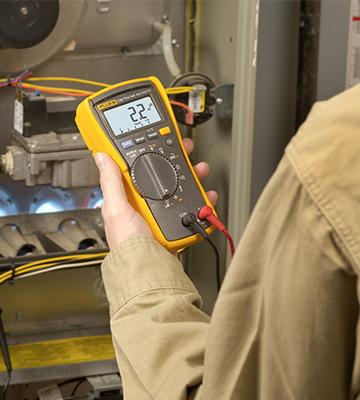 Review of Fluke 116 HVAC Multimeter with Temperature and Microamps