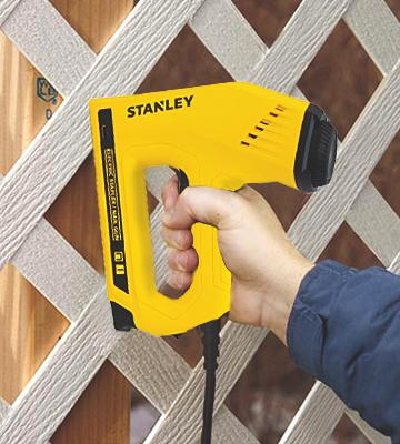 Review of Stanley TRE550Z Electric Staple/Brad Nail Gun