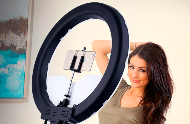 Best LED Ring Lights for Makeup Photography