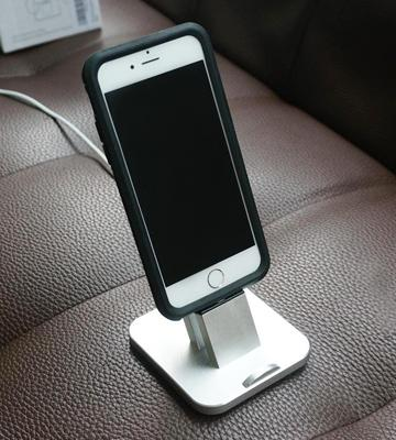 Review of Ziku Aluminum iPhone Charger Dock station for iPhone
