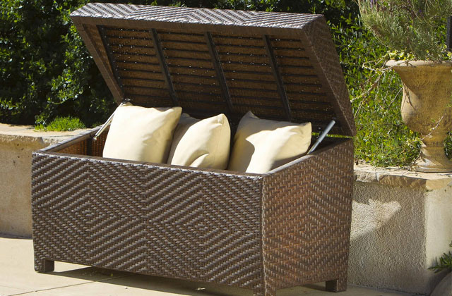 Best Deck Boxes to Keep Your Outdoor Space Clutter-free