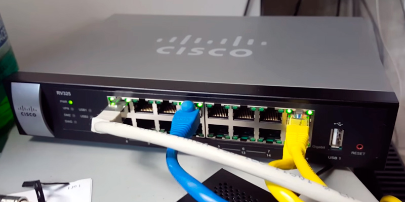 Cisco Systems RV325K9NA Gigabit Dual WAN VPN Router in the use