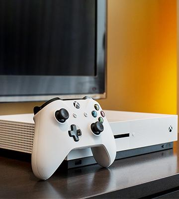Review of Microsoft Xbox One S 2TB Console