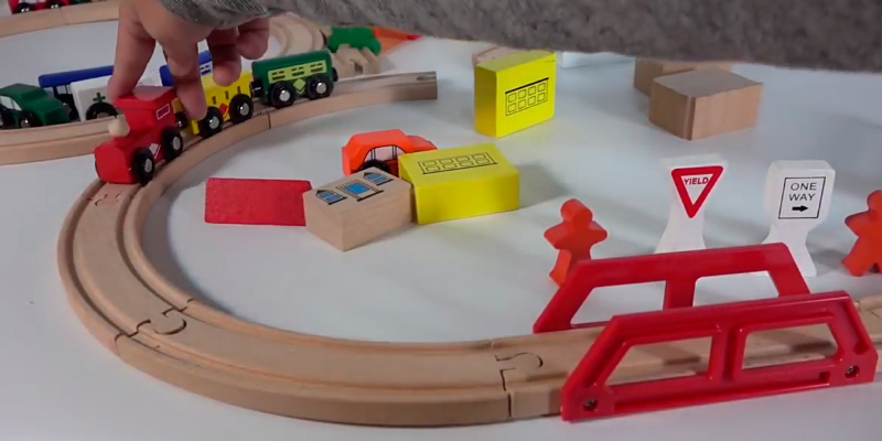 5 Best Wooden Train Sets Reviews Of 2019 Bestadvisorcom