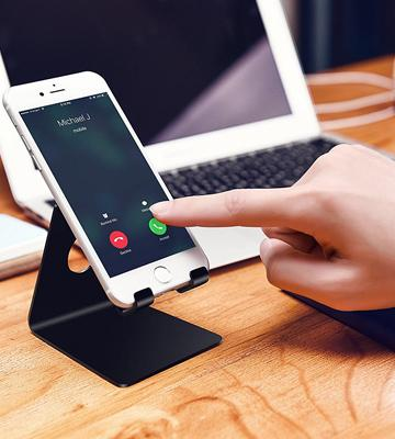 Review of Lamicall Rubber Protected iPhone Stand