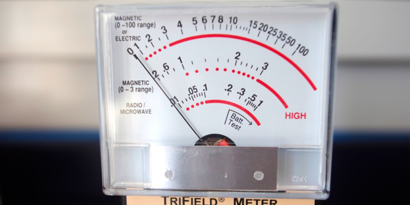 Trifield 100XE EMF Meter application